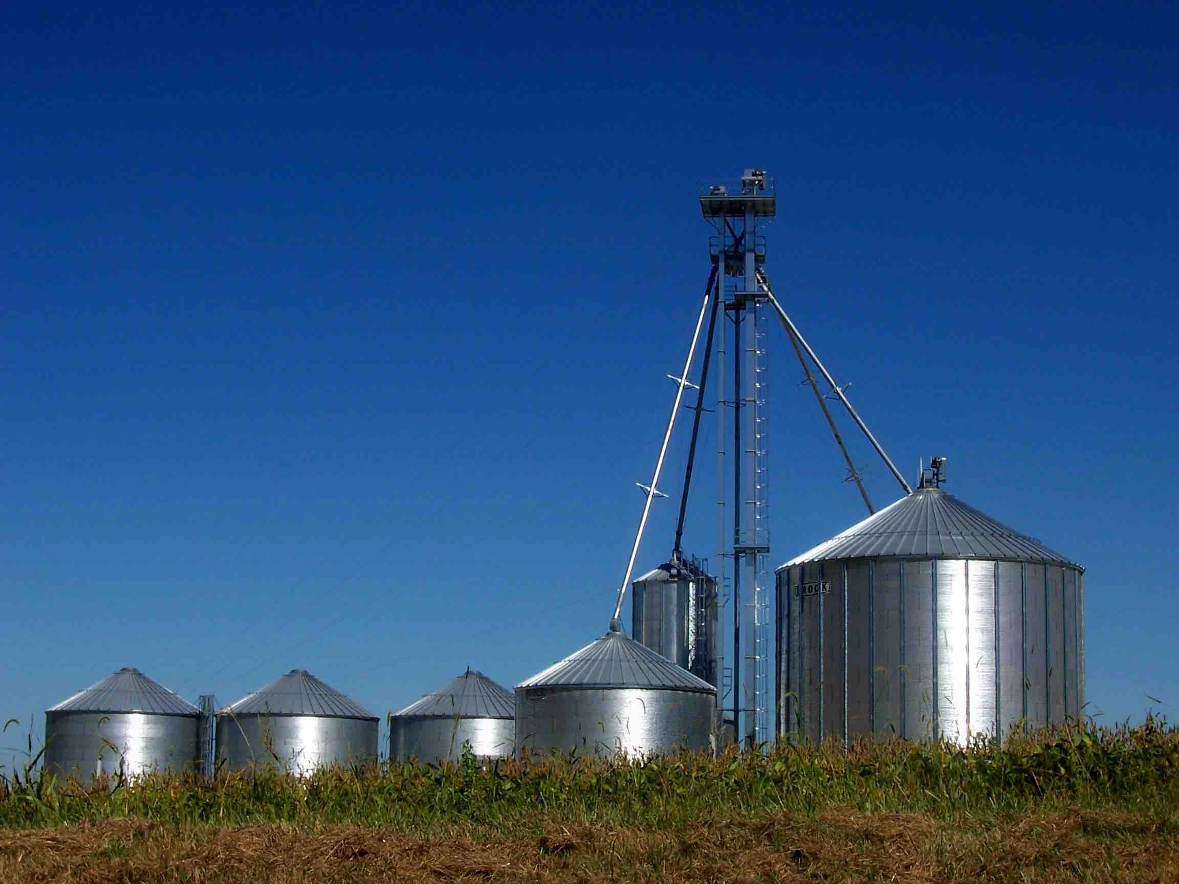 Electrical Solutions for Grain Bins